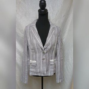 New women's blazers jacket with fronts pockets M&L